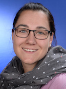 Frau Maier (Mai)